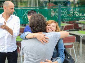 Reme Egea abrazo